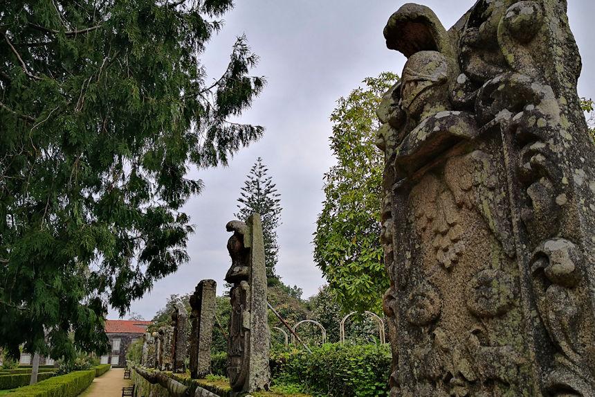 muro de la rosaleda de los jardines del pazo de Castrelos