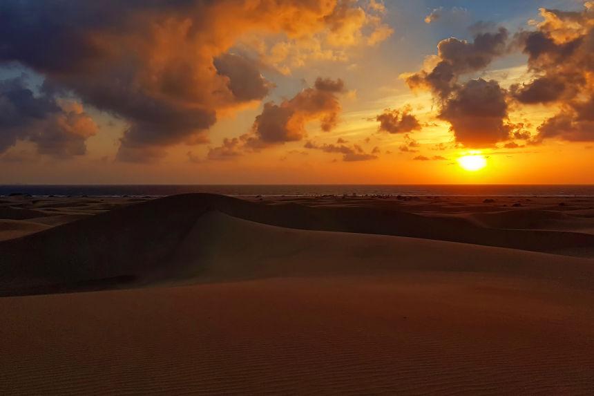 amanecer en las dunas de Maspalomas