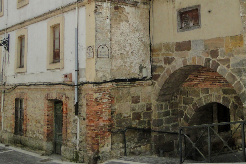 Puerta de San Roque en Aguilar de Campoo