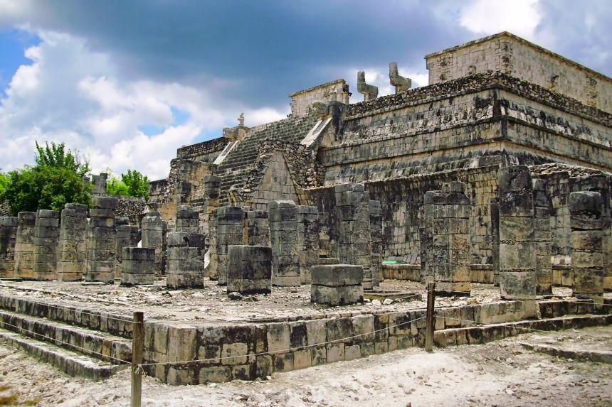 Templo de los Guerreros y de las Mil Columnas en Chichén Itzá