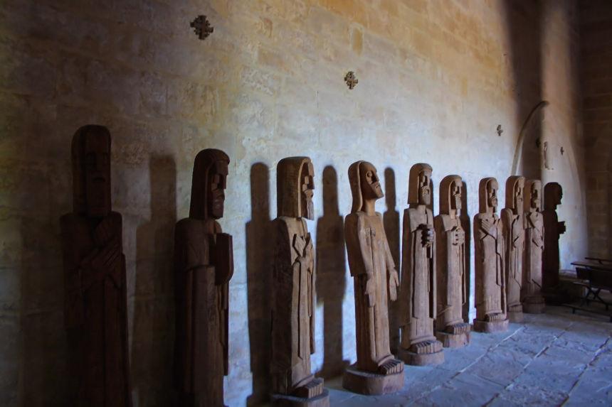 Esculturas de Ursi, los 12 apóstoles