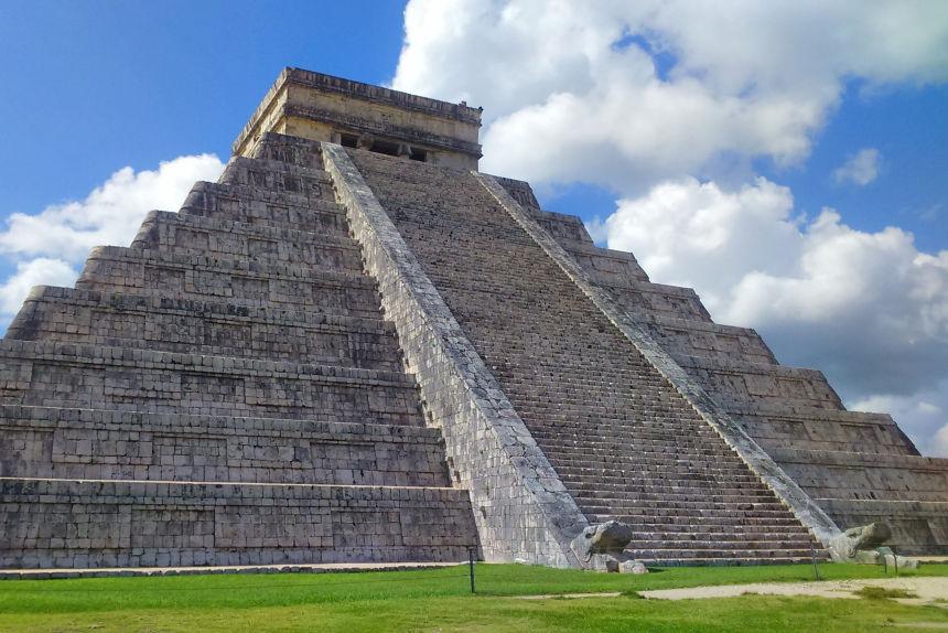 El templo de Kukulkán en Chichén Itzá