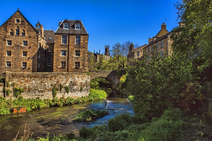 puente sobre Water of Leith en Edimburgo