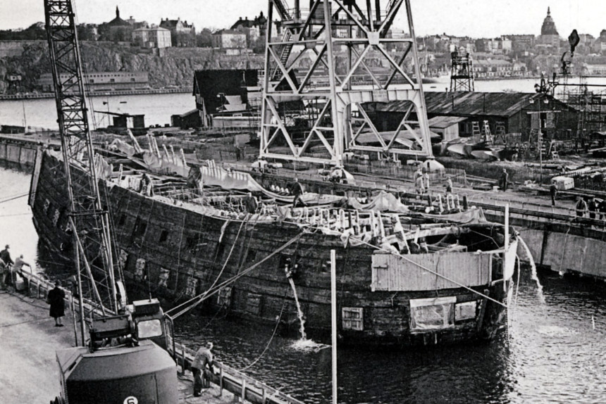 el Vasa camino del dique seco