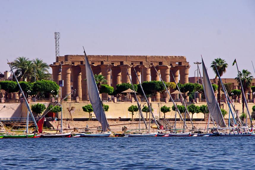 río Nilo a su paso por Luxor