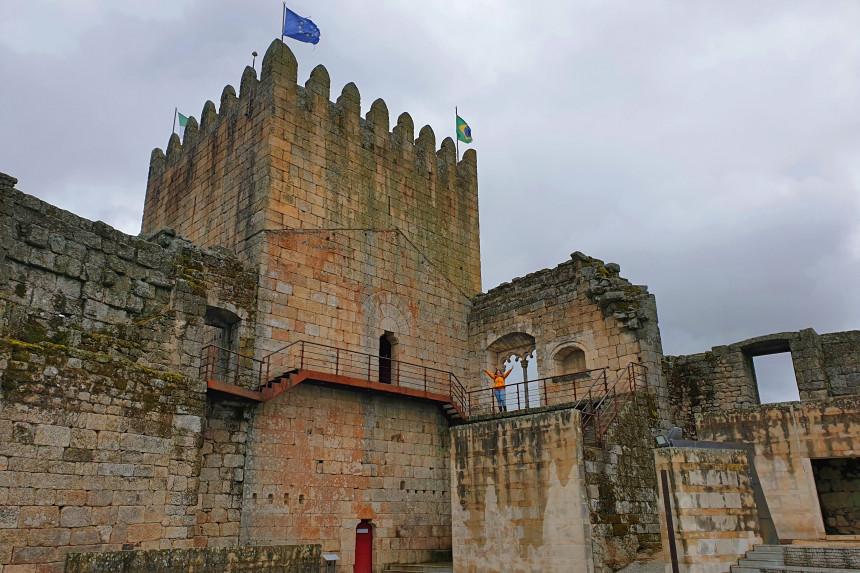 interior del Castillo de Belmonte en Portugal