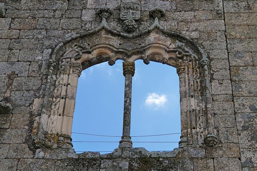 ventana manuelina del Castillo de Belmonte