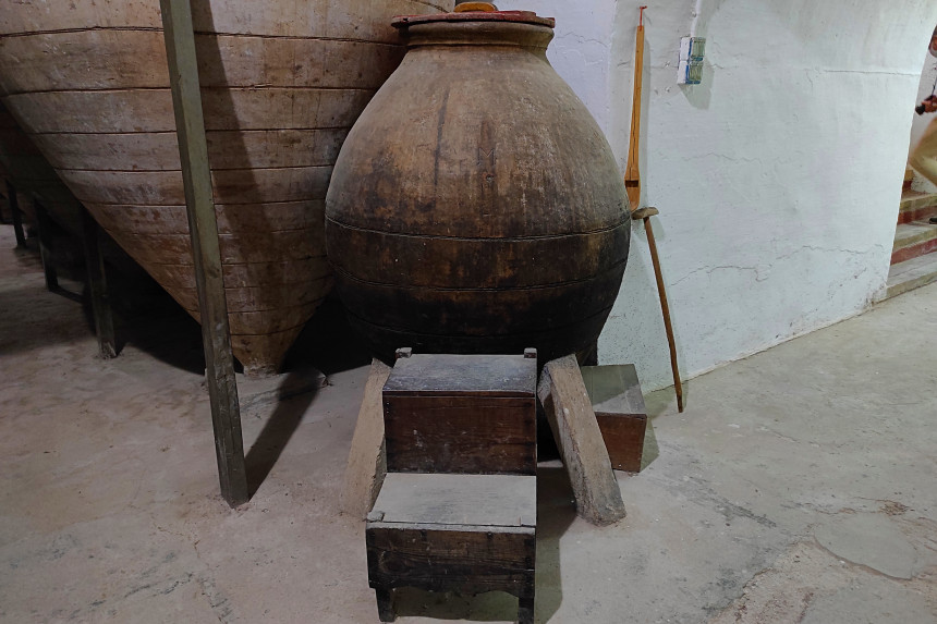 Tinajilla del bodeguero en el Museo del Vino de Valdepeñas